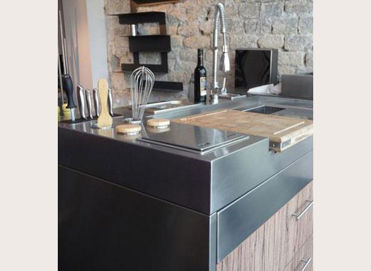 Cuisine inox sur mesure vier mobilier table cr dence - Plan de travail inox cuisine professionnel ...